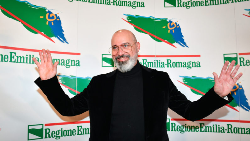Centrosinistra appeso alla vittoria di Bonaccini