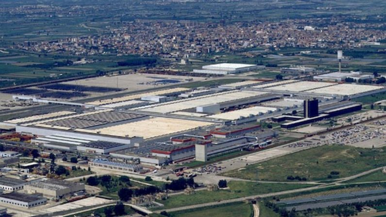 Alla Fca di Pomigliano sarà prodotto il C-Suv Alfa Romeo tonale