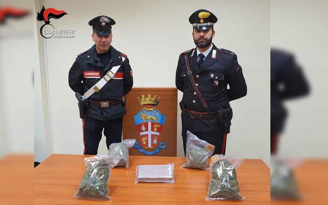 Sorpreso con mezzo milione di euro di droga in macchina, arrestato 28enne nel Reggino