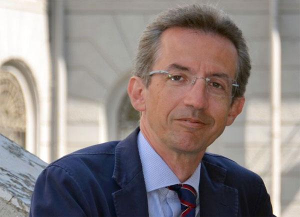 Il ministro dell'Università Manfredi rilancia: «No alla fuga dei cervelli»