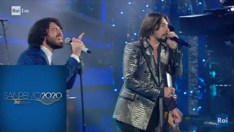 """Matteo Mobrici, il frontman di """"Canova"""": da Ricadi al palco dell'Ariston"""