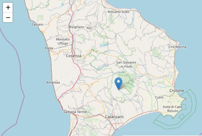 Terremoti, due scosse in Calabria: Trema ancora Albi, sisma al largo di Cirò Marina