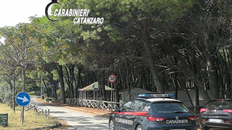 Carabiniere ferito durante l'arresto di due ladri a Catanzaro. Uno è fuggito e l'altro bloccato