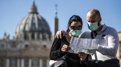Coronavirus, ristoranti vuoti e turismo ai minimi Così si affossa l'economia italiana