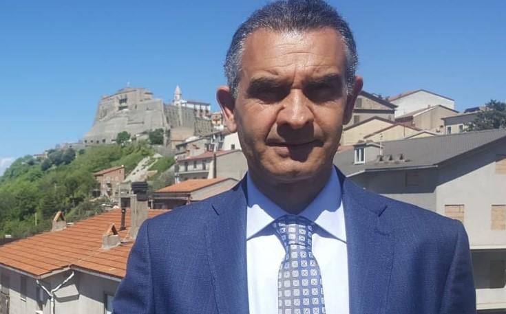 Spopolamento, il sindaco di Noepoli: «Anche chi resta non investe più»