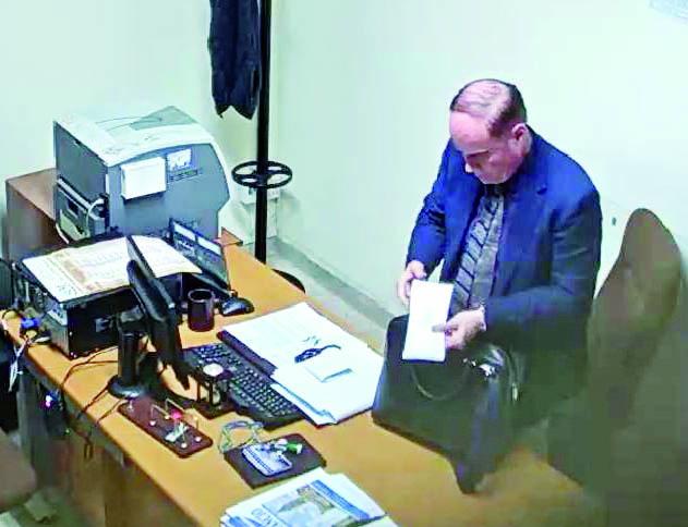 Operazione Genesi, in carcere commercialista cosentino: mazzetta al giudice Petrini
