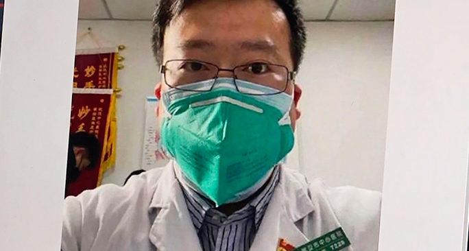 Cina, il virus cambia la censura: La battaglia politica dopo la morte del medico che per primo si è accorto del contagio