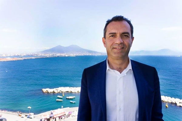 De Magistris ci pensa sulla candidatura: deciderò entro sette giorni, ma viene prima Napoli