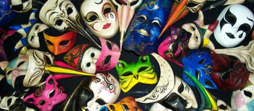 Mimì - Dietro la maschera