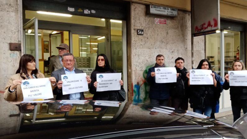 Flash mob di FdI: Comune, puntare su identità, cultura e valori per far rinascere San Carlo all'Arena
