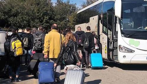 Coronavirus, gruppo di fedeli dal nord in visita a San Pio respinti dall'hotel