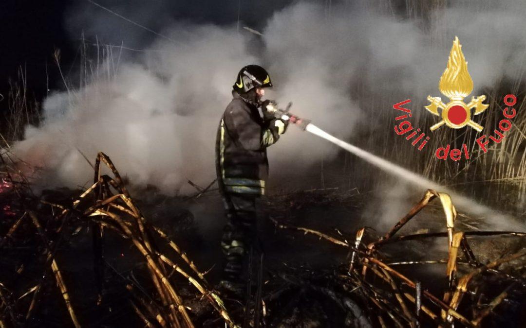 L'intervento dei vigili del fuoco a Gizzeria