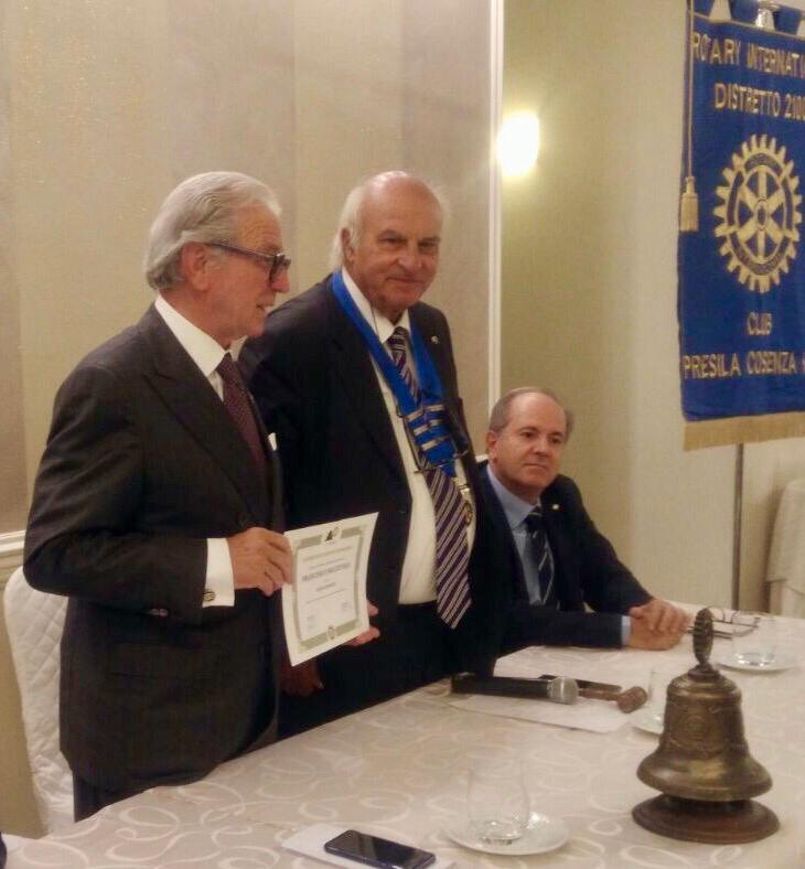 Dal Rotary arrivano 22mila euro per l'acquisto di caschi per la ventilazione meccanica da donare agli ospedali calabresi