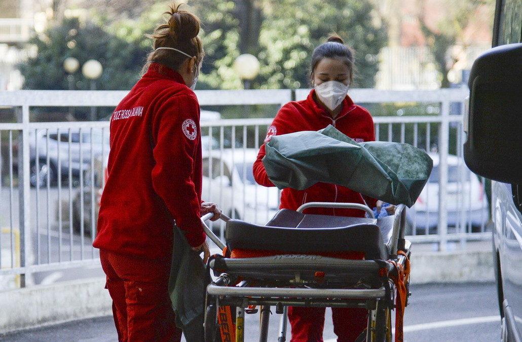 Coronavirus, aumentano i ricoveri in Italia. Sono 2.257 i nuovi positivi
