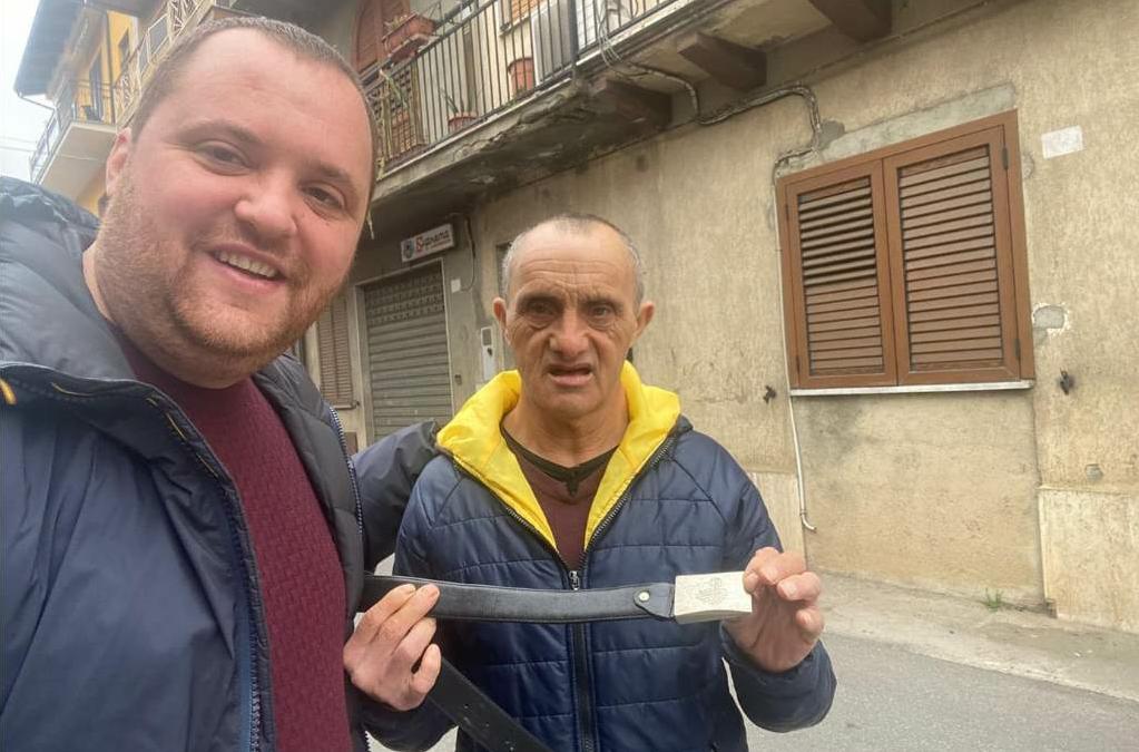 Dasà, la singolare storia di Enzo e la cintura da Carabiniere