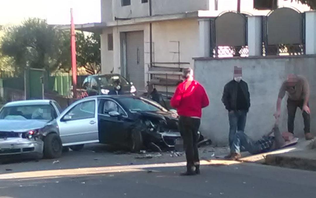 Scontro tra due auto nel Vibonese: tanta paura ma nessuna grave conseguenza