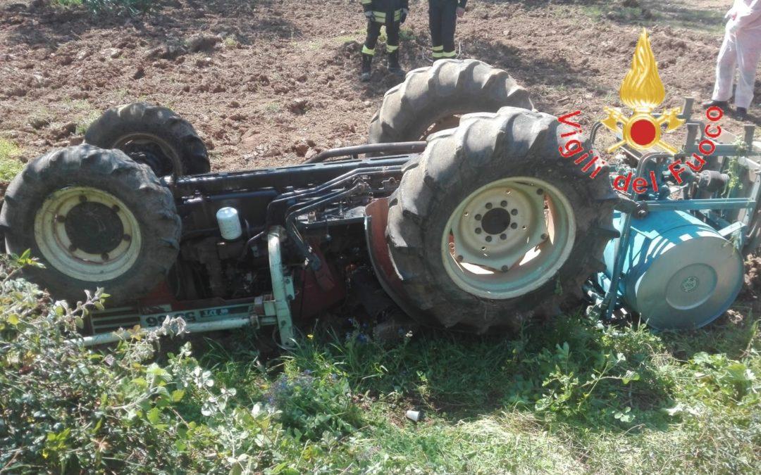 Il trattore ribaltato