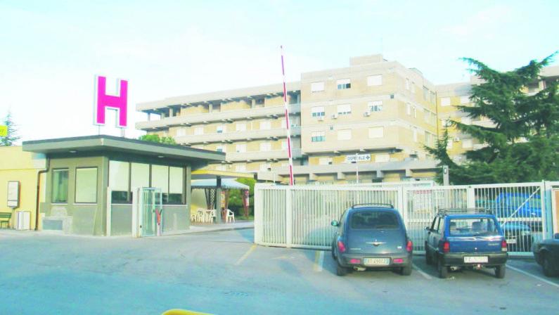 Coronavirus, l'ospedale San Francesco di Venosa favorito per i nuovi reparti d'emergenza. Ora c'è l'ipotesi Lazzaretto