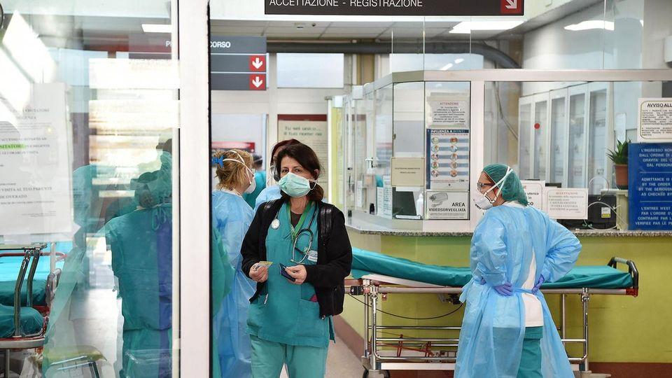 Coronavirus in Calabria, il numero dei positivi si avvicina a quota 300. Quasi 7 mila persone sono in quarantena. Nessun nuovo decesso