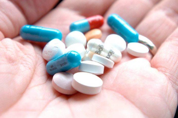 E adesso a scarseggiare sono i farmaci salvavita, il presidente del farmacisti vibonesi: «Quasi non si trovano più»