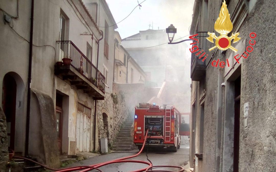 L'incendio dell'abitazione