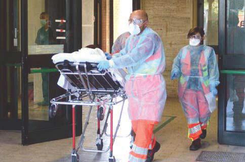 Coronavirus in Lombardia, quel buco di cinque giorni che ha infettato tutta l'Italia