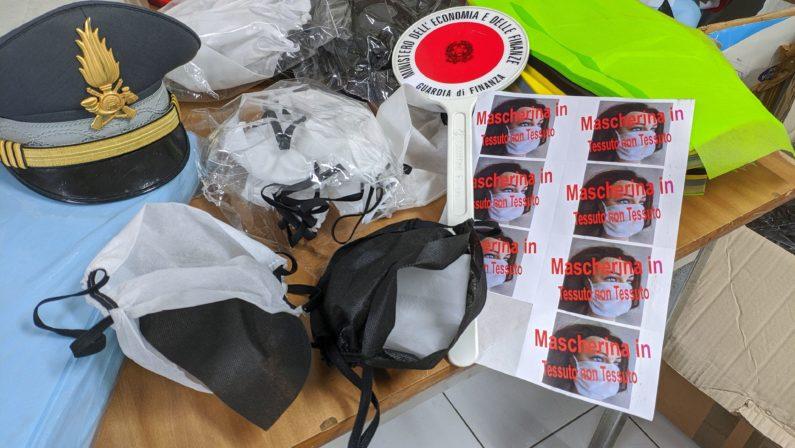 Avellino, la Guardia di Finanza sequestra 1800 mascherine non a norma pronte alla vendita