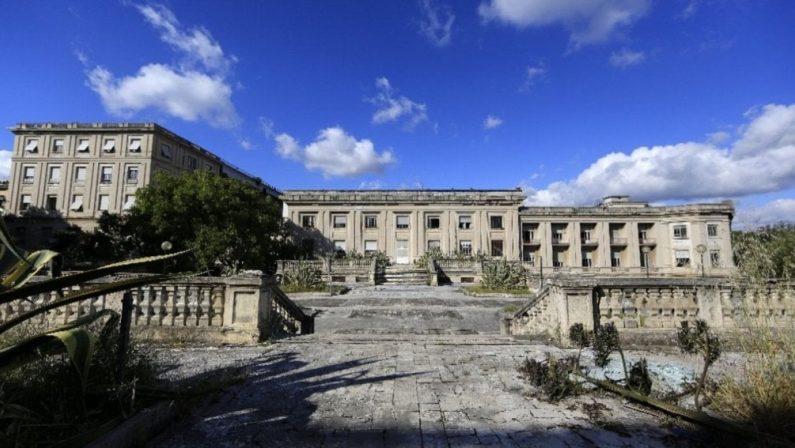 L'Italia disseminata di ospedali chiusi, monumenti all'inutilità