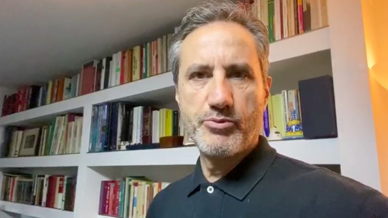 "Caldoro: ""De Luca fornisce fati falsi sui decessi da covid"""