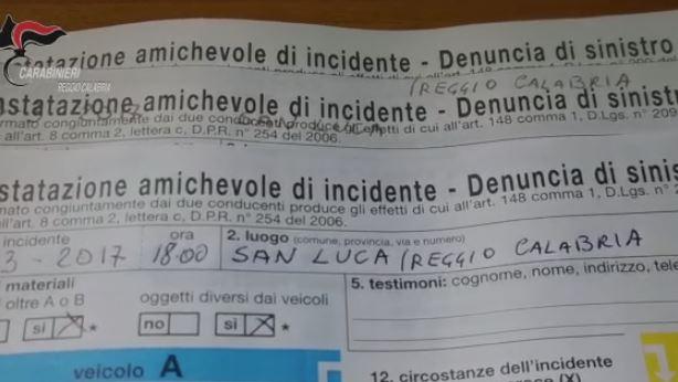 Truffe alle assicurazioni con falsi incidenti, 66 indagati in operazione nel Reggino - VIDEO