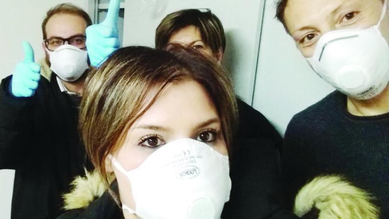 «Abbiamo bisogno di mascherine, guanti e igienizzanti». Commuove l'appello degli angeli della Caritas