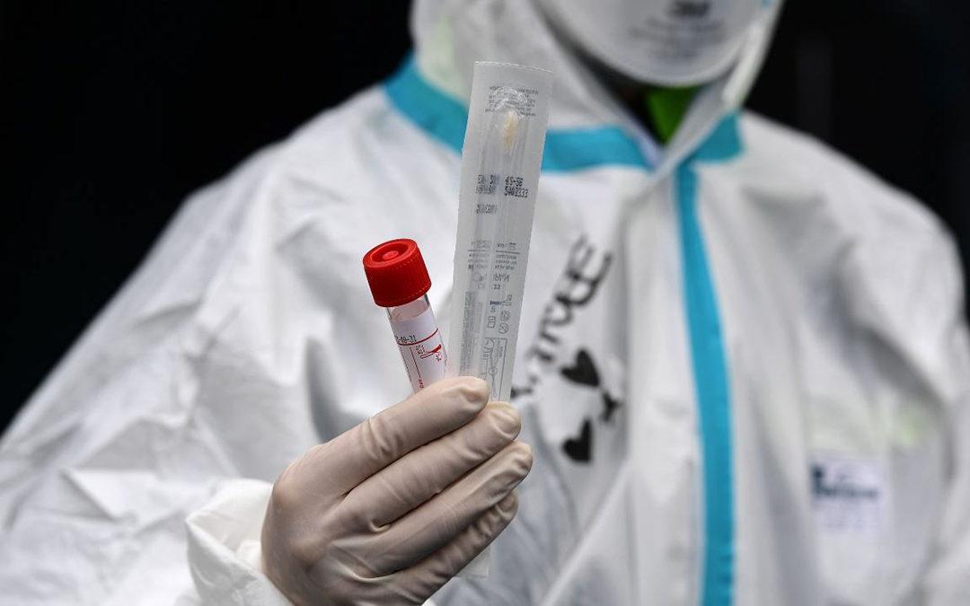 Coronavirus: calano i casi in Italia, ma sono pochi i tamponi effettuati rispetto a ieri