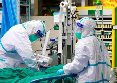 Medici all'opera durante l'emergenza Coronavirus