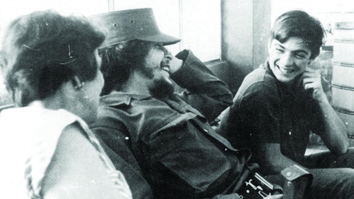 Ernesto Guevara con  Juan Martín da ragazzino