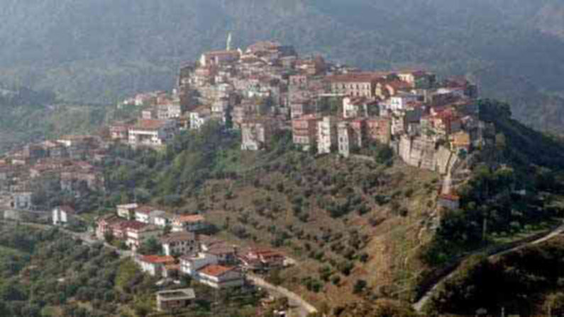 Coronavirus in Basilicata, Noepoli, contagio in una casa di riposo: positivo al Covid-19 un 86enne