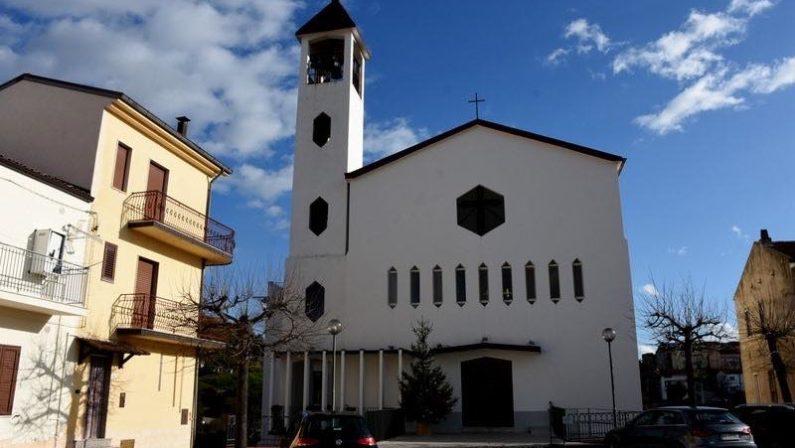 Papa Francesco telefona al parroco di San Giorgio Lucano, il paese del focolaio in una Rsa