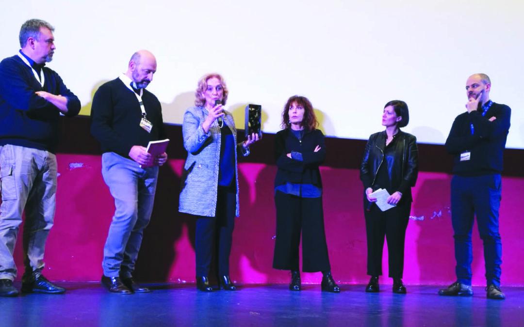 Wilma Labate (al centro) durante la consegna del premio Mario Gallo