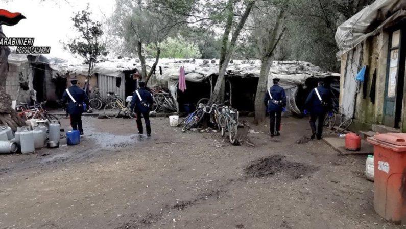 Bracciante ucciso a Taurianova, Usb: «Nella Piana di Gioia Tauro si continua a morire di ghetto»