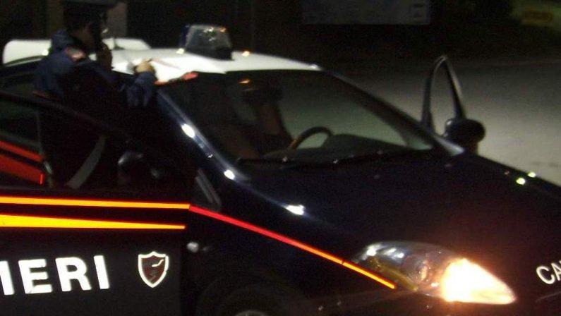 Spara ai vicini con una balestra, arrestato un uomo nel Crotonese