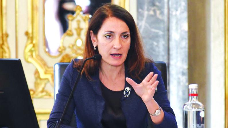 Intervista a Carla Ruocco: «Bloccare la compravendita degli Npl e dare 10 anni al debitore per rimborsare»