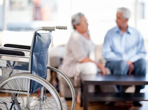 Coronavirus, 23 anziani positivi in una casa di riposo di Cassano e avevano ricevuto il vaccino. Il sindaco dichiara la zona rossa