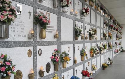 Coronavirus: sindaco Torre del Greco riapre cimitero