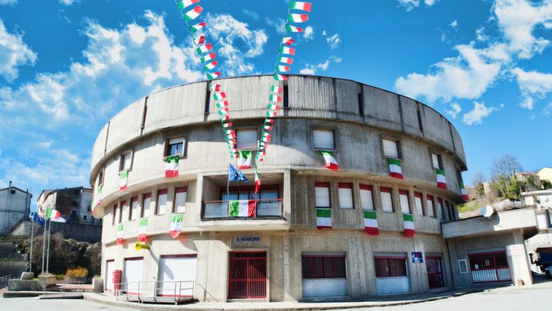 Coronavirus, primo positivo a Colosimi. Il sindaco Lucia: «Già avviate le procedure per rintracciare i contatti»