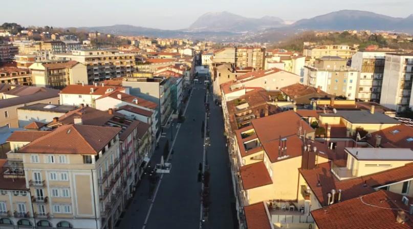 La città e l'alibi del Covid