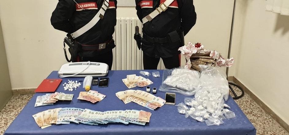Traffico e spaccio di droga nelle Marche gestiti dai calabresi, 5 arresti. Cocaina arrivava dal Reggino