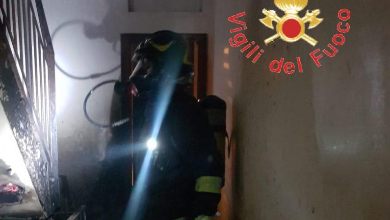 Incendio a Lamezia, bambina trasferita al Centro per grandi ustioni di Brindisi