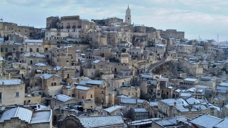 Maltempo: primo aprile con la neve in Basilicata, imbiancati anche i Sassi