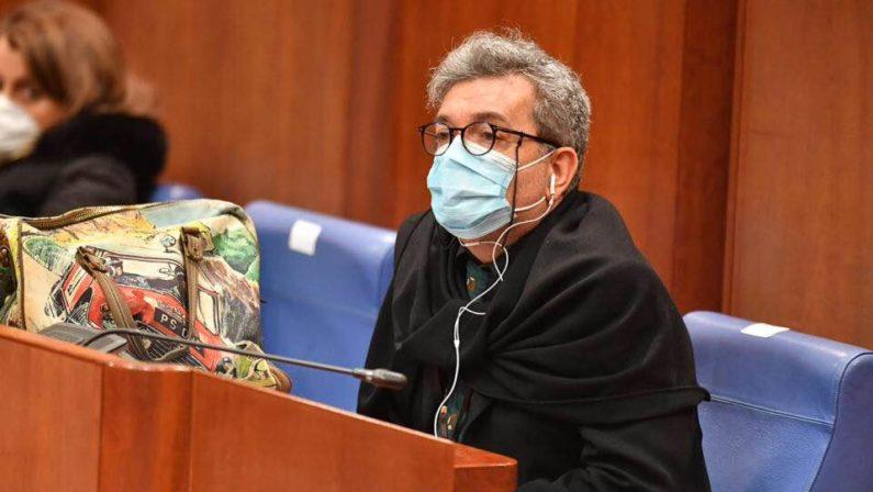 """Due comuni in """"zona rossa"""" e sette """"arancione"""": Spirlì chiude alcuni paesi in Calabria"""