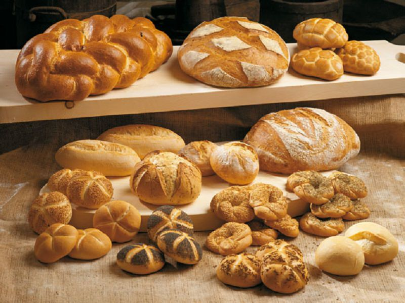 """Il """"pane solidale"""" per superare la crisi: l'iniziativa dei commercianti di Catanzaro per i bisognosi"""