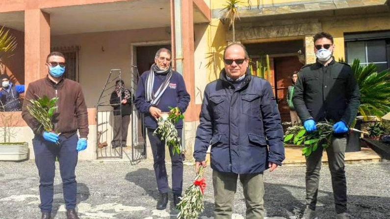 Verzino: tre proiettili recapitati al sindaco Cozza, bersagli dell'intimidazione anche il consuocero e un assessore